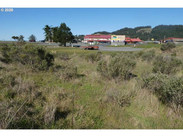 94250 Port Dr, Gold Beach, OR 97444 (MLS #20679896) :: McKillion Real Estate Group