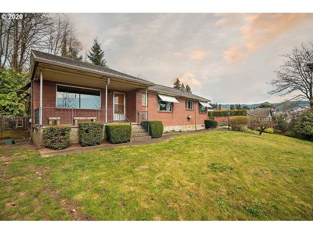 1204 Holly St, Kelso, WA 98626 (MLS #20680288) :: Coho Realty