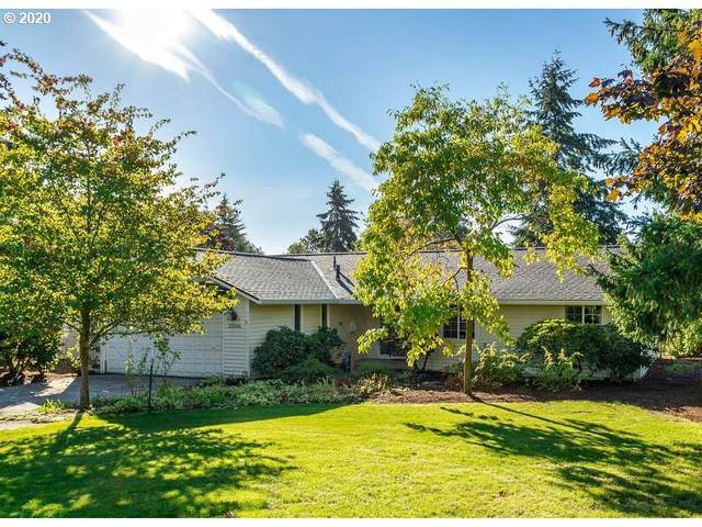 22346 SE Hoffmeister Rd, Damascus, OR 97089 (MLS #20680432) :: Premiere Property Group LLC
