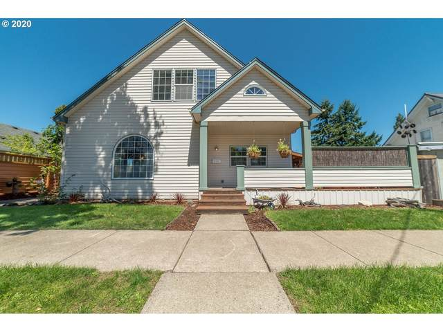 236 E Madison Ave, Cottage Grove, OR 97424 (MLS #20685262) :: Beach Loop Realty