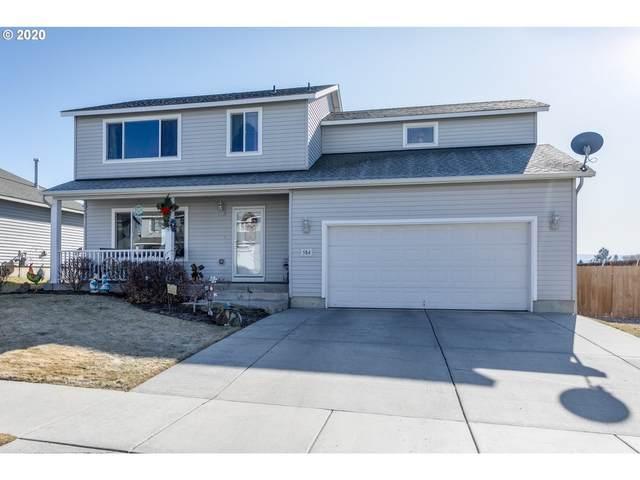 584 NE Robin Pl, Prineville, OR 97754 (MLS #20688277) :: McKillion Real Estate Group