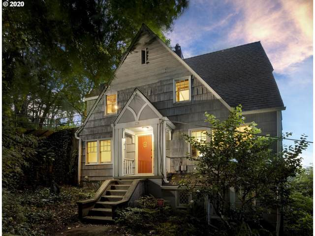 239 SW Whitaker St, Portland, OR 97239 (MLS #20691291) :: Townsend Jarvis Group Real Estate