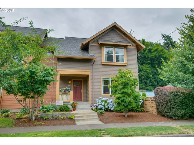 9517 N Adriatic Ave, Portland, OR 97203 (MLS #20697442) :: Gustavo Group