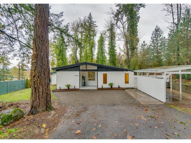 9717 SE 17TH Ave, Milwaukie, OR 97222 (MLS #20697472) :: TK Real Estate Group