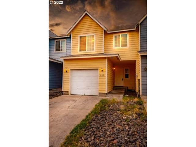 675 NW Pinkston Ct, Prineville, OR 97754 (MLS #20698315) :: McKillion Real Estate Group