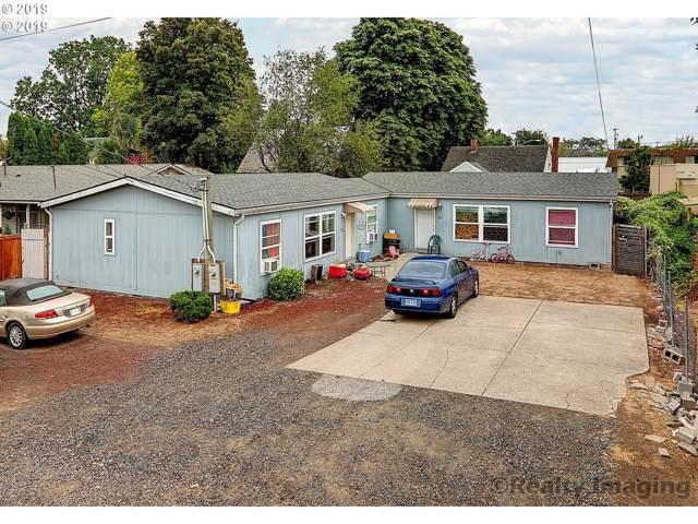 8240 SE Kelly St, Portland, OR 97266 (MLS #20699391) :: Gustavo Group