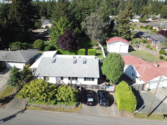 1546 Woodland Dr, Coos Bay, OR 97420 (MLS #20699688) :: The Galand Haas Real Estate Team