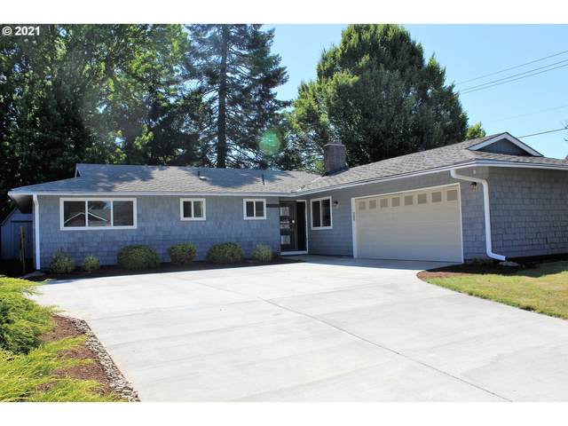17960 SW Chippewa Trl, Tualatin, OR 97062 (MLS #21000899) :: Fox Real Estate Group
