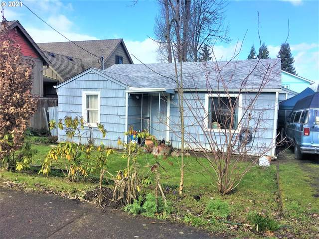 1085 W 28TH Ave, Eugene, OR 97405 (MLS #21001832) :: Song Real Estate