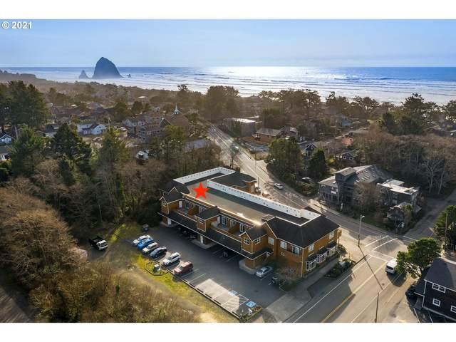 123 S Hemlock St #205, Cannon Beach, OR 97110 (MLS #21002621) :: Brantley Christianson Real Estate