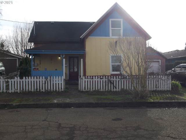 2409 6TH St, Tillamook, OR 97141 (MLS #21002959) :: Stellar Realty Northwest
