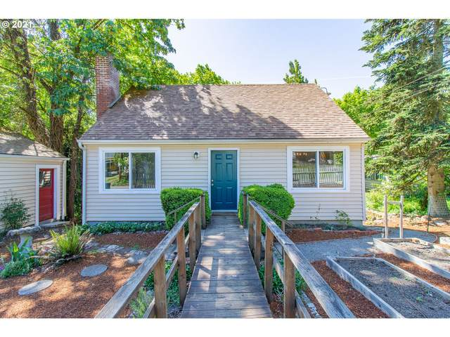 9007 SW 26TH Ave, Portland, OR 97219 (MLS #21003793) :: Townsend Jarvis Group Real Estate