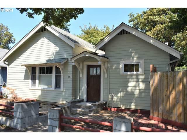 651 W 11TH Ave, Eugene, OR 97402 (MLS #21004512) :: Keller Williams Portland Central