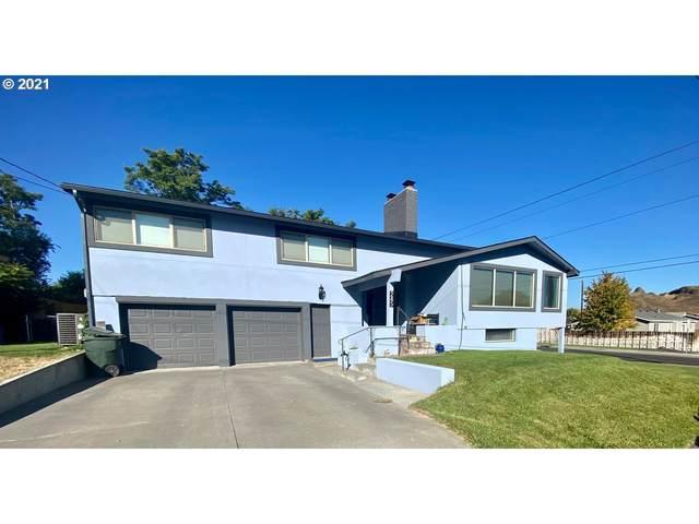 245 NW Butte Dr, Hermiston, OR 97838 (MLS #21004559) :: Stellar Realty Northwest
