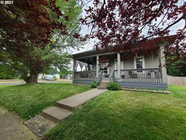 1501 Jackson Ave, La Grande, OR 97850 (MLS #21004633) :: Townsend Jarvis Group Real Estate