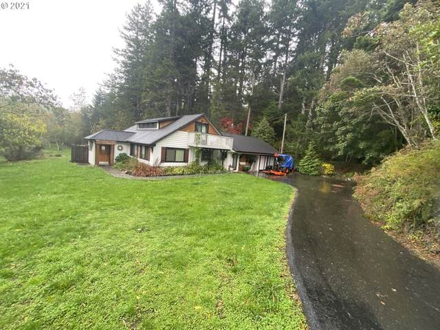 28382 Mateer Rd, Gold Beach, OR 97444 (MLS #21004717) :: Townsend Jarvis Group Real Estate