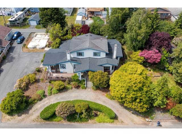 516 Redwood St, Brookings, OR 97415 (MLS #21005212) :: Holdhusen Real Estate Group