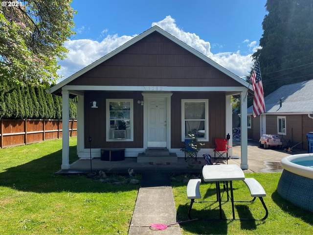 3252 SE 3RD Ave, Camas, WA 98607 (MLS #21006876) :: Fox Real Estate Group