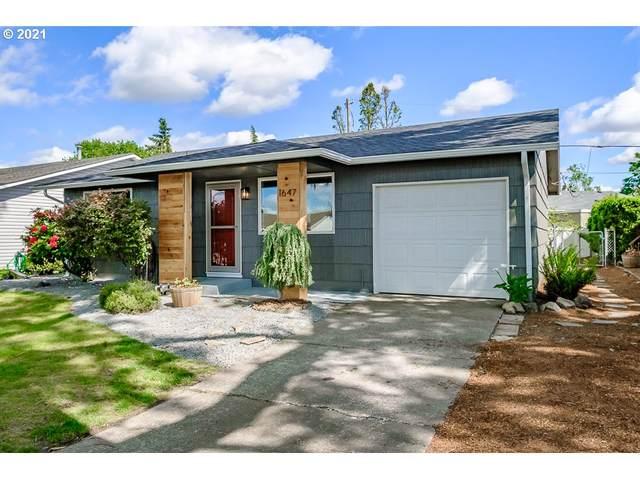 1647 King Way, Woodburn, OR 97071 (MLS #21006975) :: McKillion Real Estate Group