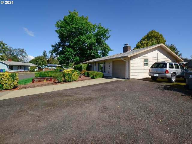 2304 SE 180th Ave, Gresham, OR 97233 (MLS #21007130) :: Townsend Jarvis Group Real Estate
