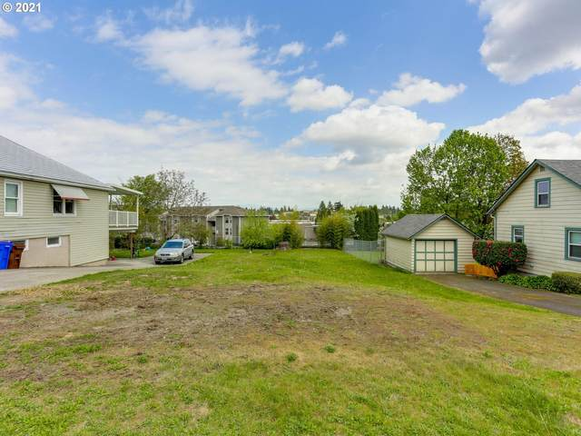 250 NW Norman Ave, Gresham, OR 97030 (MLS #21010252) :: Brantley Christianson Real Estate