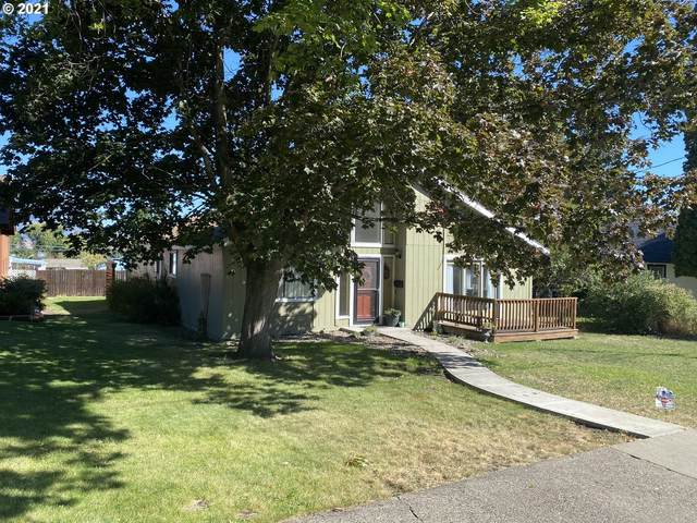703 B Ave, La Grande, OR 97850 (MLS #21011847) :: Keller Williams Portland Central