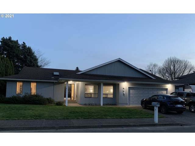 404 E Mountainview Ct, Newberg, OR 97132 (MLS #21011991) :: Fox Real Estate Group