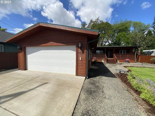 88152 3RD St, Veneta, OR 97487 (MLS #21012142) :: Song Real Estate