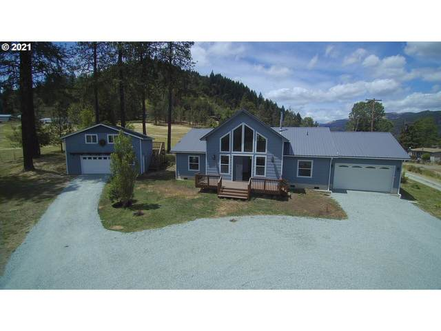 4192 Canyonville-Riddle Rd, Riddle, OR 97469 (MLS #21012893) :: Townsend Jarvis Group Real Estate