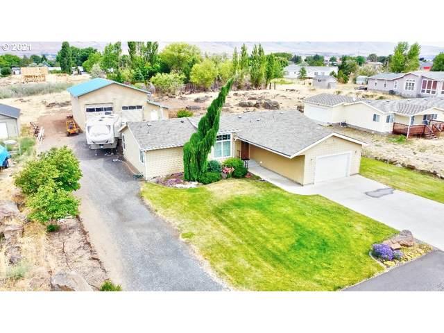 415 Sunridge Ave, Dallesport, WA 98617 (MLS #21013216) :: Next Home Realty Connection