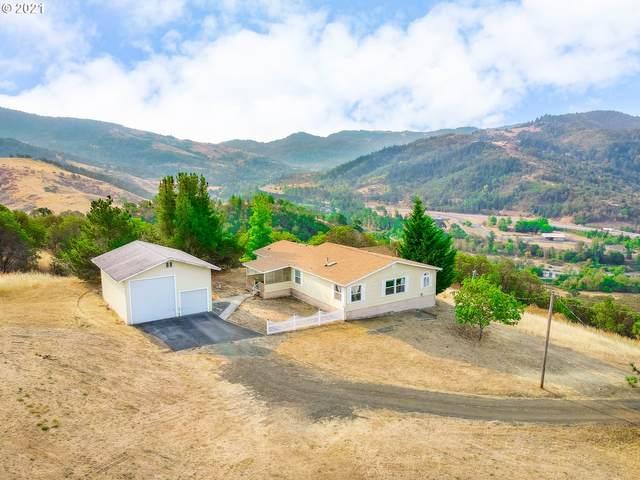 865 Wagontire Dr, Myrtle Creek, OR 97457 (MLS #21013399) :: McKillion Real Estate Group