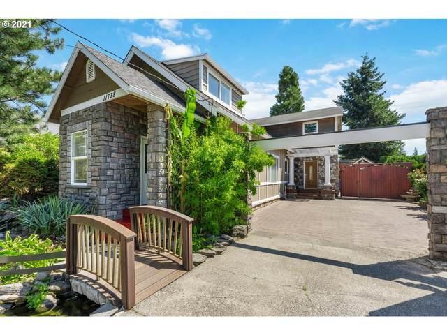 11738 SE Oak St, Portland, OR 97216 (MLS #21013565) :: Real Tour Property Group