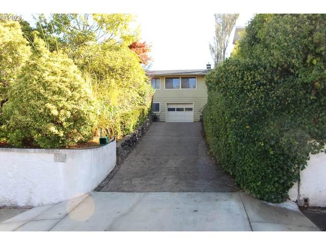 2281 Sherman, North Bend, OR 97459 (MLS #21017737) :: McKillion Real Estate Group