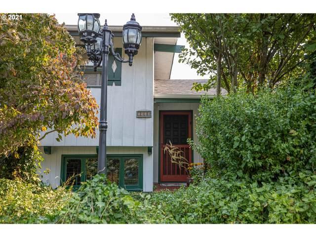 1530 Hillside Ct, Coos Bay, OR 97420 (MLS #21019743) :: Premiere Property Group LLC