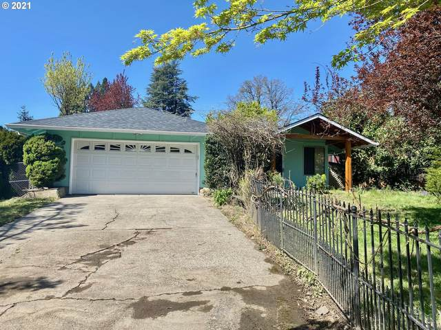 4043 SE Harold Ct, Milwaukie, OR 97267 (MLS #21020163) :: Premiere Property Group LLC