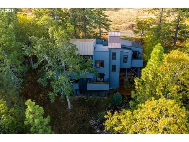 2010 Cynthia Way, Mosier, OR 97040 (MLS #21021532) :: Premiere Property Group LLC