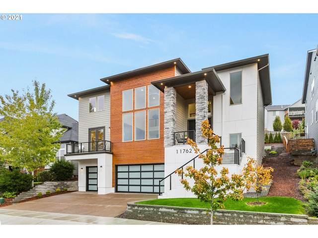 11762 SE Waterleaf Dr, Happy Valley, OR 97086 (MLS #21021577) :: Lux Properties