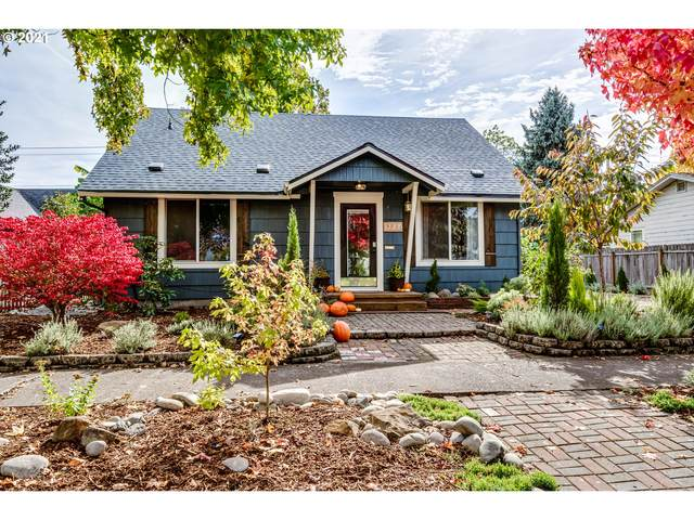 1327 E St, Springfield, OR 97477 (MLS #21022656) :: The Haas Real Estate Team