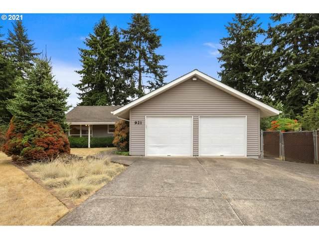 921 NE 82ND Ave, Vancouver, WA 98664 (MLS #21023000) :: McKillion Real Estate Group
