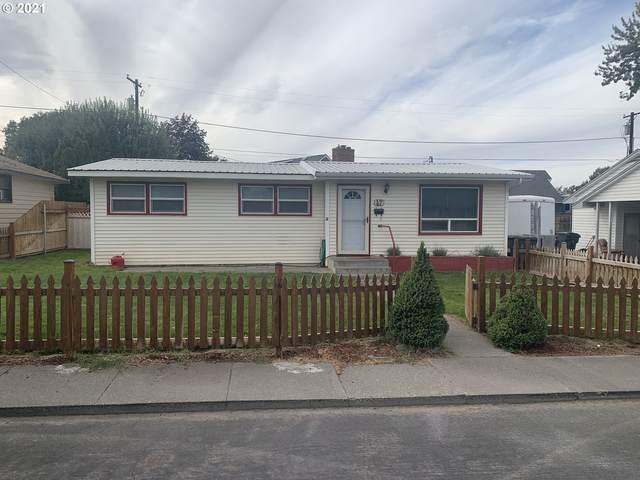 47 SW Cedar Dr, Hermiston, OR 97838 (MLS #21023326) :: Holdhusen Real Estate Group