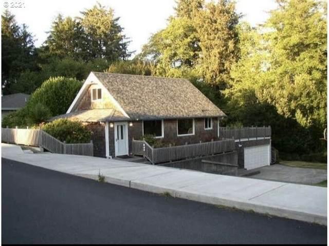 640 SW Cedar Ave, Warrenton, OR 97146 (MLS #21024263) :: Fox Real Estate Group
