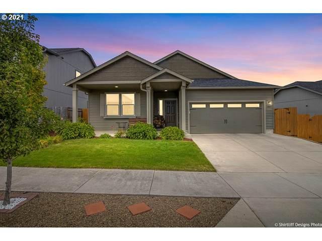24857 Westfield Ave, Veneta, OR 97487 (MLS #21026383) :: The Haas Real Estate Team