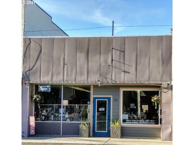 121 E Main St, John Day, OR 97845 (MLS #21028762) :: Stellar Realty Northwest