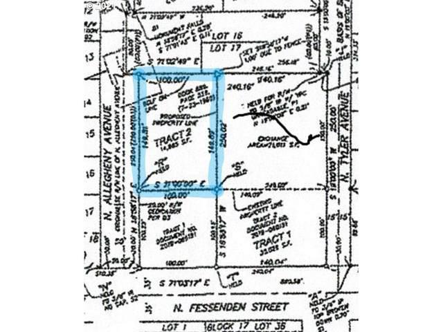 7807 N Fessenden St, Portland, OR 97203 (MLS #21031373) :: Fox Real Estate Group