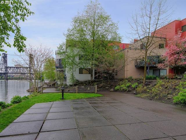 930 NW Naito Pkwy #K-18, Portland, OR 97209 (MLS #21032477) :: Holdhusen Real Estate Group