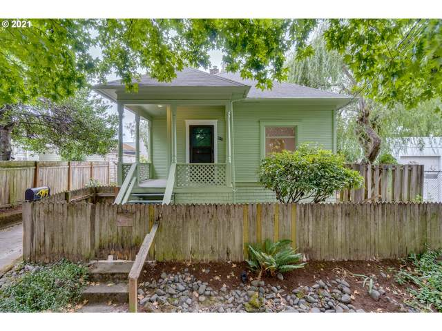 915 NE 23RD Ave, Portland, OR 97232 (MLS #21034127) :: Song Real Estate