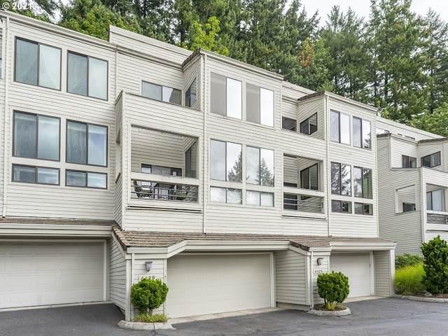 4429 Thunder Vista Ln, Lake Oswego, OR 97035 (MLS #21034151) :: Keller Williams Portland Central