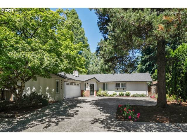 12225 SW Spring Ct, Portland, OR 97225 (MLS #21035933) :: The Liu Group