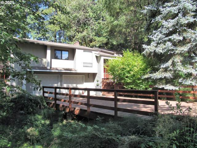 9555 SW Shady Pl, Tigard, OR 97223 (MLS #21035991) :: The Liu Group