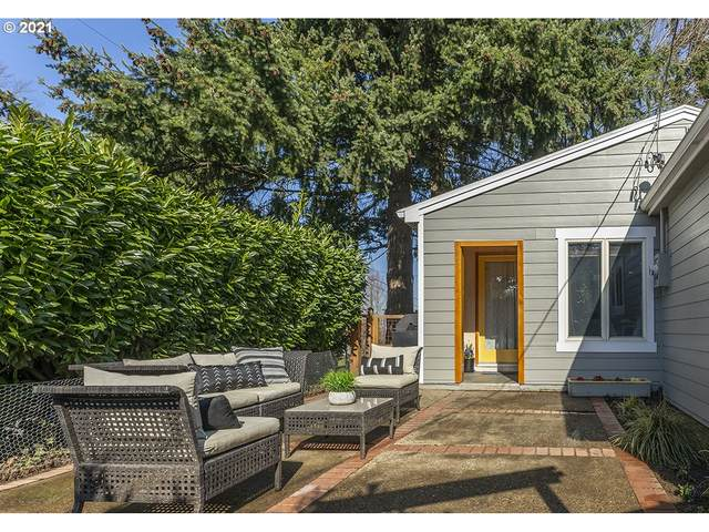 6910 NE 27TH Ave, Portland, OR 97211 (MLS #21038722) :: Fox Real Estate Group